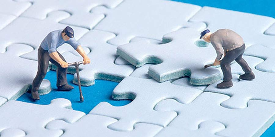 how to manage outsourcing